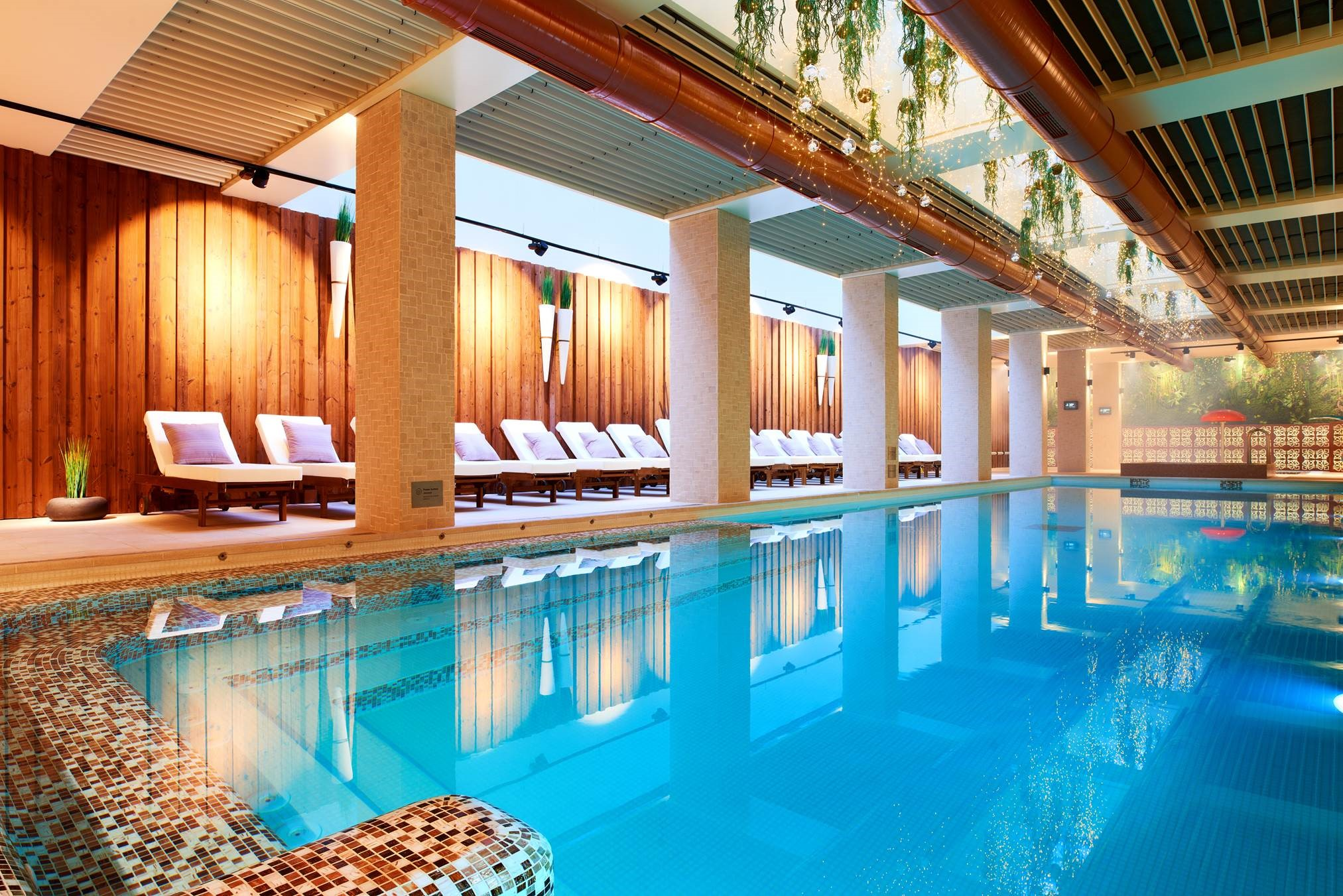 Aparthotel lucky bansko spa relax gallery lucky kids for Appart hotel wiki