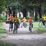 Велосипеди по алея