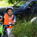 Малка велосипедистка
