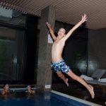 В басейна