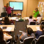 В час по английски език | Lucky Kids