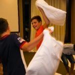 Боят с възглавница