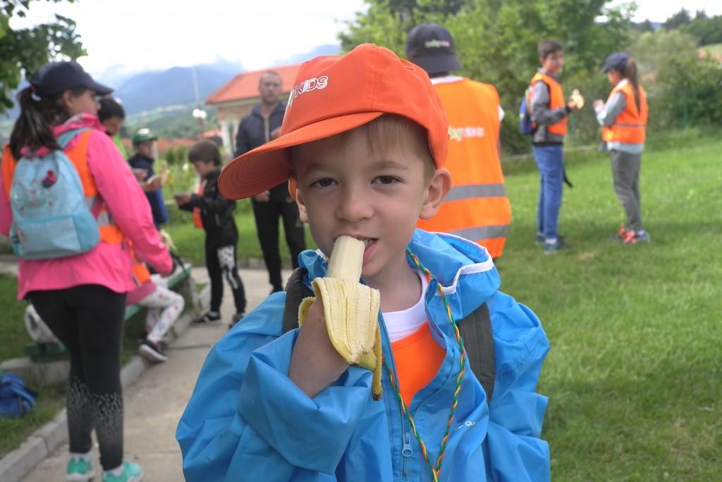 Здоровое питание во время детского лагеря | LuckyKids