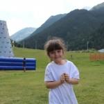 Малка ученичка в детски лагер по английски | Lucky Kids
