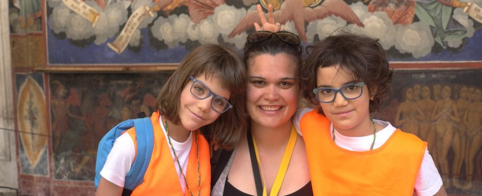 Smiles in the Rila Monastery | Lucky Kids