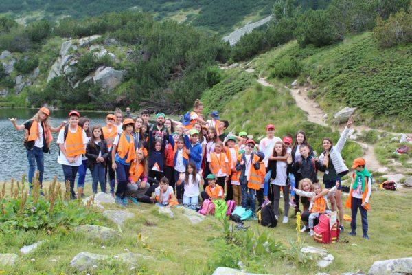 Beautiful lake in the Pirin mountain | Lucky Kids