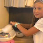Children make cotton candy at camp | Lucky Kids