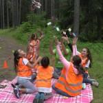 Дети играют в карты весёлых | Lucky Kids