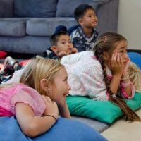 Обучение на деца по групи