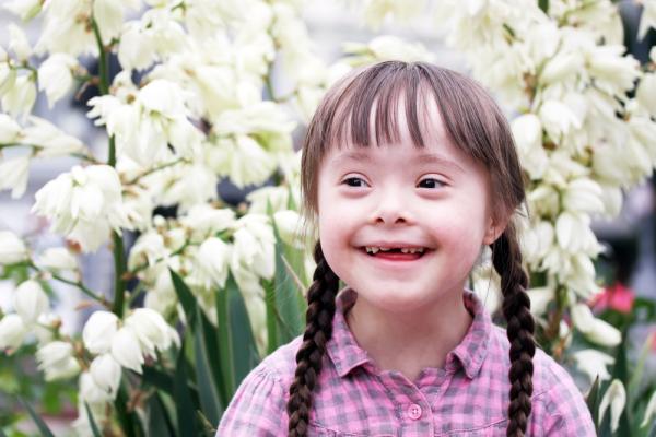 O fată cu sindromul Down